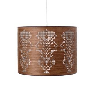 pakabinamas šviestuvas riešutmedžio gaubtas ažūrinis ornamentas